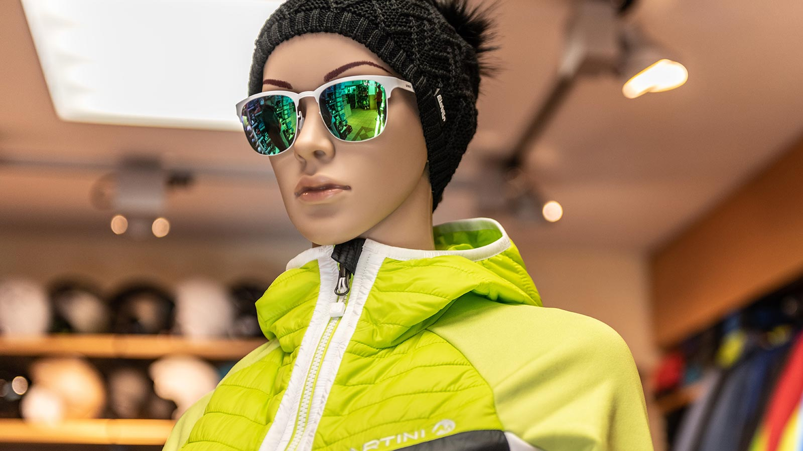 One of the mannequins of the ski and snowboard shop in Alta Badia
