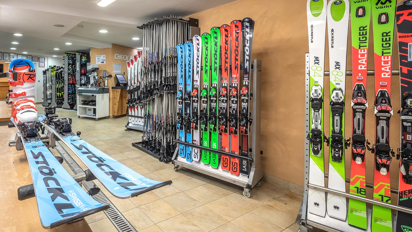 Skiing and equipment rental at Ski Top Badia